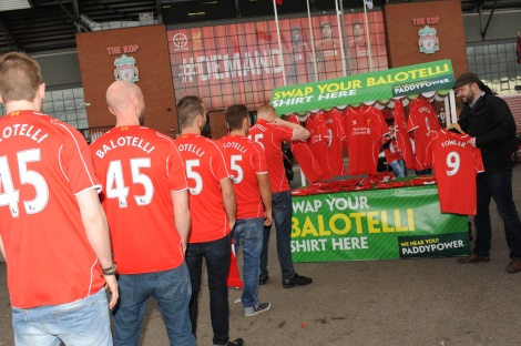 PADDY POWER_swap your balotelli shirt